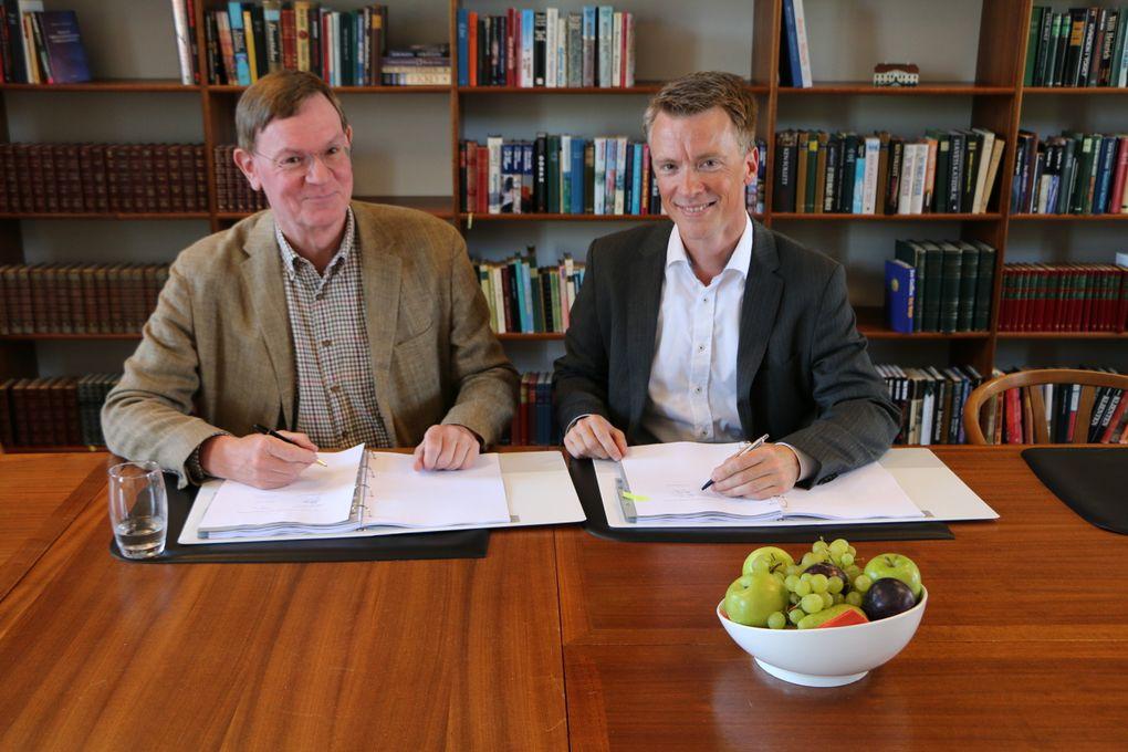 Bestyrelsesformand i Nord Energi Jens Møller Lee og Søren Lindgaard, bestyrelsesformand i OpenNet og direktør i Eniig