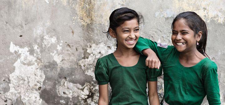 96d64159d21 ... mere end 240 butikker i Europa kommer til at gøre en stor forskel i  Plan Internationals arbejde for børns rettigheder med et særligt fokus på  piger.