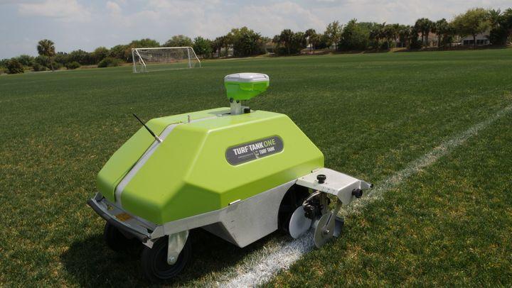 På trods af en sportsverden ramt af global pandemi, realiserede den danske robotvirksomhed Turf Tank i 2020 alligevel en fordobling i solgte robotter sammenlignet med året før.