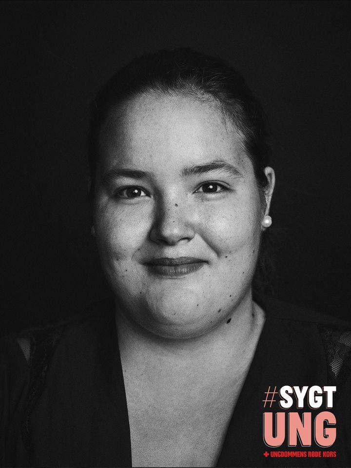 Sara er ambassadør for Ungdommens Røde Kors' kampagne #SygtUng. Foto: Emil Monty Freddie