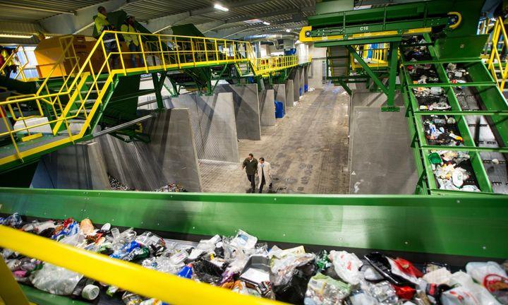Privatisering af danskernes affald vil have store negative konsekvenser for landområderne.