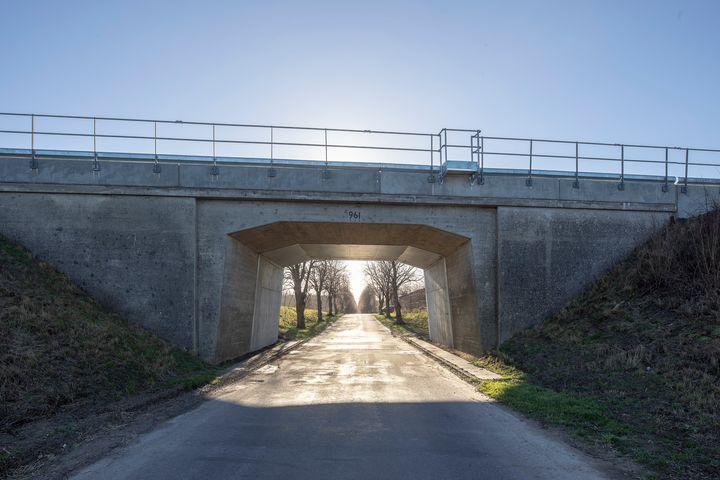 e6880eff2c0 Jernbanebro på strækningen mellem Ringsted og Femern - Kærstrupvej. Foto:  Torben Eskerod