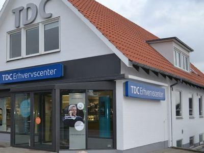 TDC Erhverv køber jyske TDC Erhvervscentre